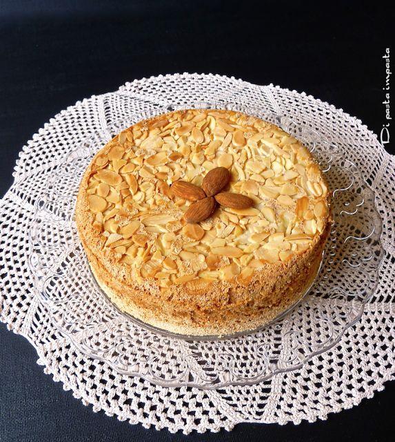 Di pasta impasta: Torta di mandorle senza farina… di Luca Montersino...