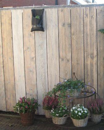 Hovenier Ruim Tuin - steigerhout schuttingen