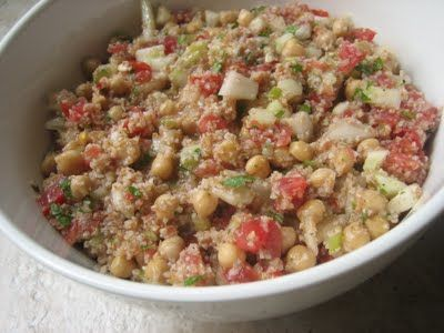 Manager to Mom: Tabbouleh Salad with Chickpeas {Recipe}
