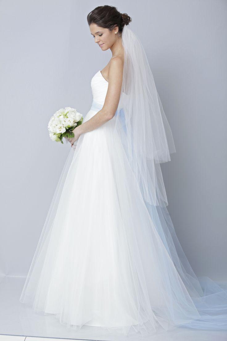 22 best wedding dresses images on Pinterest | Wedding frocks, Bridal ...