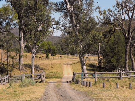 Australia, Queensland, Country Road