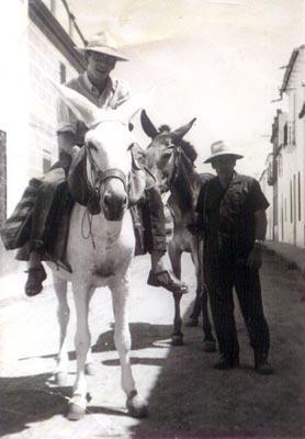 Foto antigua del mundo laboral en Granja de Torrehermosa (Badajoz): En Granja, Farm, De Torrehermosa, Antique, Old Pictures, World, Antiguas Granja, Old Picture
