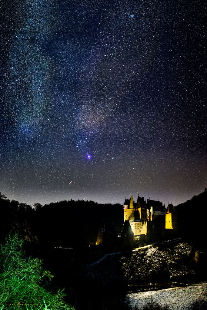 "andreas.bluetner posted a photo:  …  at night under the starry sky of Castle ""Eltz"".  to see in the photo:  Aldebaran (α Tauri) is a star in the constellation ""Taurus"".  The name comes from Arabic الدبران  DMG ad-Dabarān and means the (following)  because the star seems to follow the Pleiadas in the sky.  source: Wiki  …  by the way:  ""On Every Street"" is the sixth and final studio album by British rock band ""Dire Straits"", released 1991.  -------------------  Facts:  Date: 18. January 2017…"
