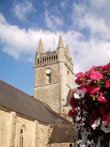 Notre Dame de l'Assomption  En été visite flash avec montée au clocher ! Quimperlé Finistère
