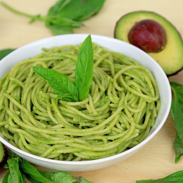 Mais de 1000 ideias sobre Creamy Avocado Pasta no Pinterest | Abacate ...