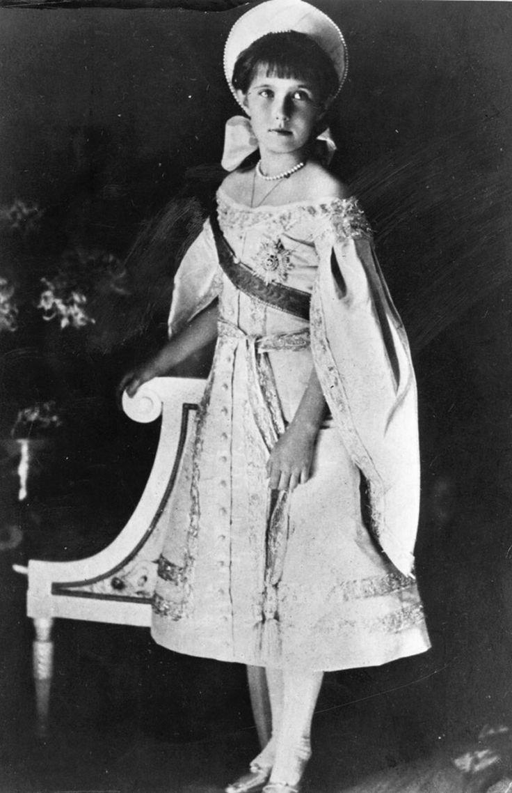 My favorite person in history Anastasia Romanov