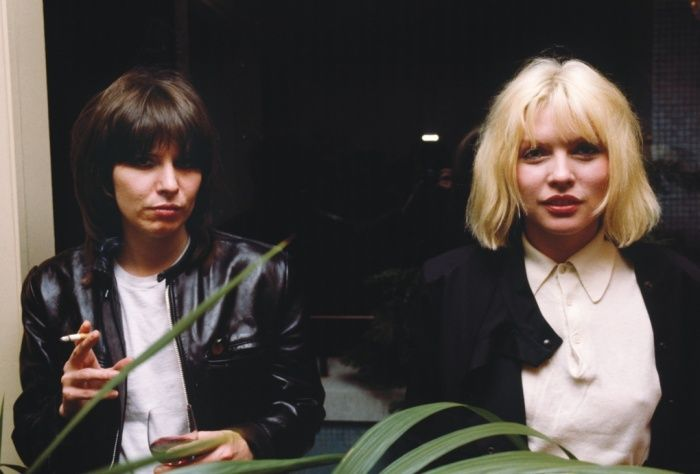 Debbie Harry Blondie with Chrissie Hynde in 1980.
