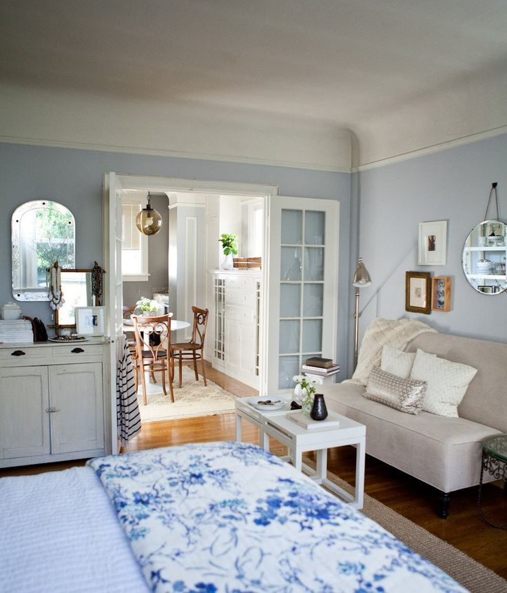 25+ Best Ideas About Small Apartment Bedrooms On Pinterest