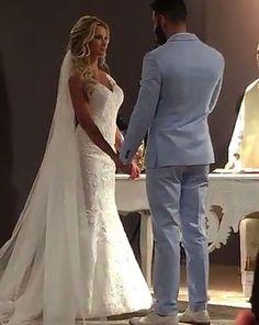 E hoje temos casamento de famosos aqui no blog! O casal de pombinhos da vez é Gusttavo Lima e Andressa Suita Lima!No dia 30.09, sexta-feira passada, Gustavo e Andressa casaram no religioso c...