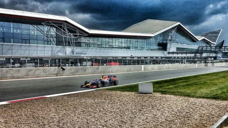 Daniel Ricciardo at the Silverstone F1 test - July 2014