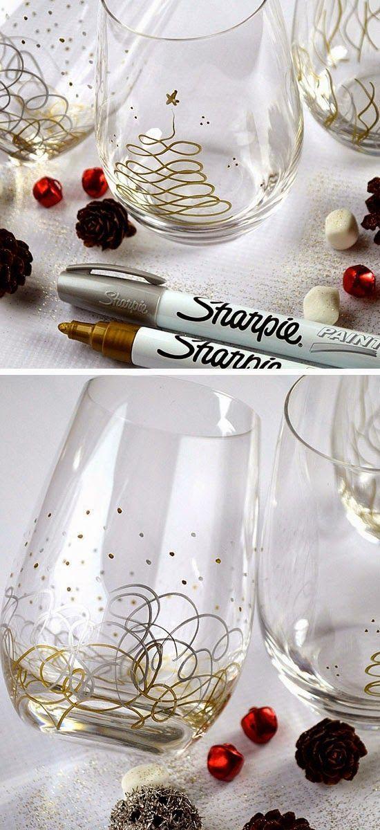 Sharpie Christmas Glasses SO CUTE!! #christmasdecorationsDIY