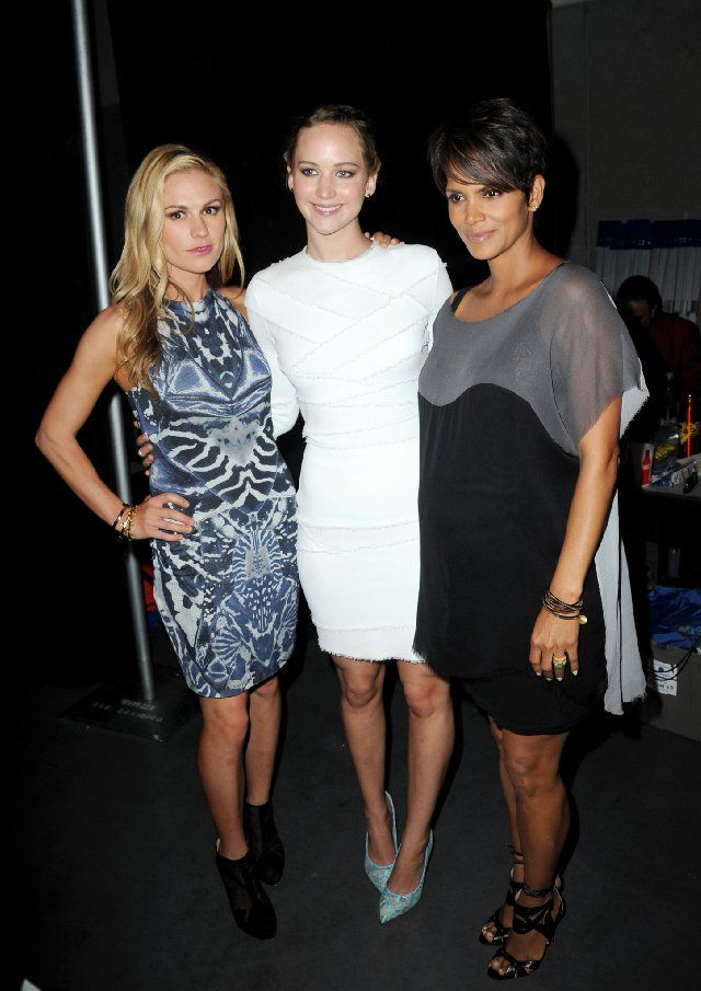 Halle Berry, Anna Paquin and Jennifer Lawrence at event of X-Men: Days of Future Past. ROGUE, MYSTIQUE, STORM