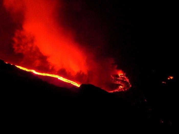 dansen op de vulkaan, stromboli 2007