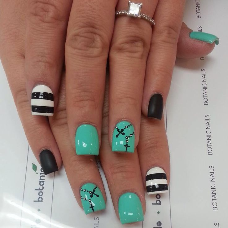Turquoise, BW rosary nails