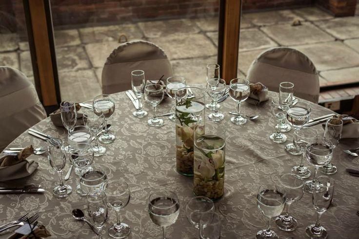 Mesa completa del matrimonio