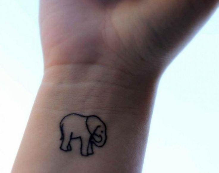 kleine Tattoos Motive Elefanten Handgelenk