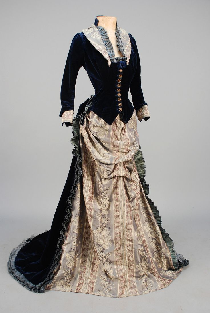 Dress, 1880′s  From Whitaker Auctions