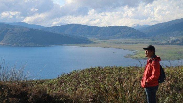 Terkeren 30 Pemandangan Alam Papua Indahnya Sungai Baliem Saat Kemarau Gambar Pemandangan Indonesia Merupakan Negara Yang Kaya Aka Di 2020 Pemandangan Tours Pantai