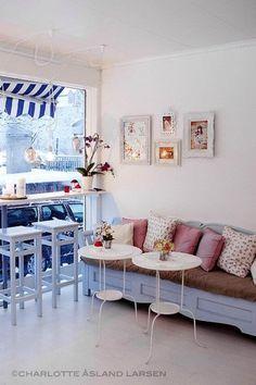 A Perfect Pastel Cupcake Shop