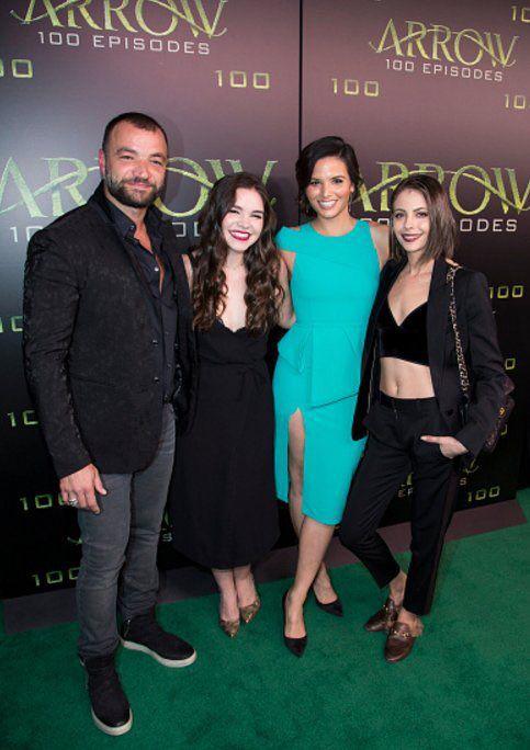 Willa Holland, Nick Tarabay, Madison McLaughlin & Katrina Law at the green carpet for the Celebration of the 100th Episode #Arrow100 #Arrow