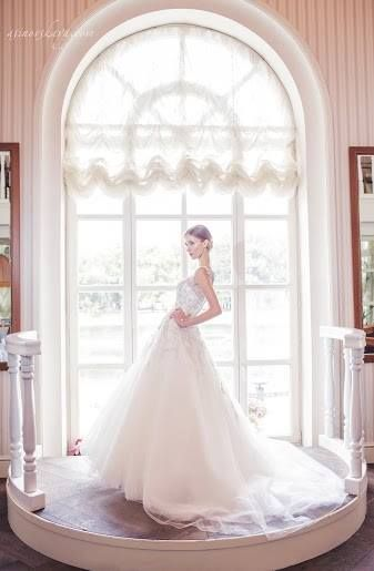 White #wedding with Ksenia Pogrebnyakova