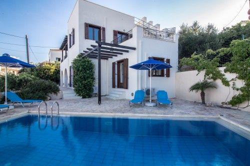 The amazing pool villa