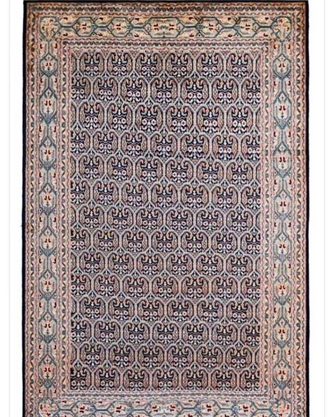 This Senneh design Pure Silk handmade rug is One of a kind and available in stock! Size 4x6 feet Price on Request! ✨✨...#ihavethisthingwithfloors #modernrugs #modernrugs #contemporary #carpetsonline #designer #decorate #elledecor #carpets #silkrugs #bestrugs #shopnow #kashmirsilk #bluerugs #rugsandbeyond #interiors #interiordesign #homedecor