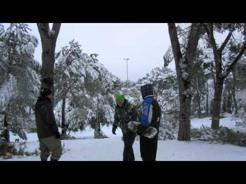 """Snow storm in Rome! Colli D'oro park view...2012 ローマの雪: """"Pump it up""""!"""