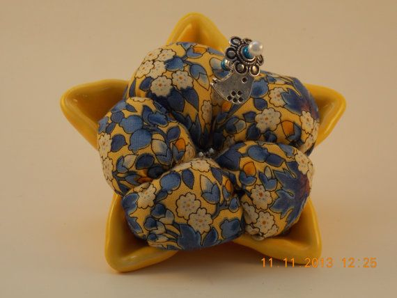"""""""Come find me, under the sea.............""""   Great weighted pincushion.  Won't tip over.    Starfish bowl pincushion by MyPetitBisous on Etsy"""