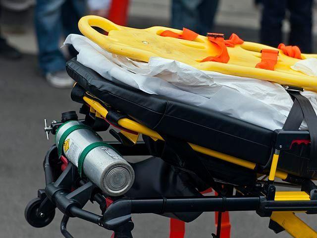 ДТП в Ришон ле-Ционе, тяжело ранен молодой водитель http://kleinburd.ru/news/dtp-v-rishon-le-cione-tyazhelo-ranen-molodoj-voditel/  Утром в понедельник, 17 октября, на улице Рехавам Зеэви в Ришон ле-Ционе перевернулся автомобиль. Водитель, мужчина 20-25 лет, получил тяжелые травмы. Бригада скорой помощи «Маген Давид Адом» доставила пострадавшего в медицинский центр «Шиба» в Тель а-Шомер. Полиция приступила к расследованию данного инцидента. Причиной аварии могли стать превышение скорости и…
