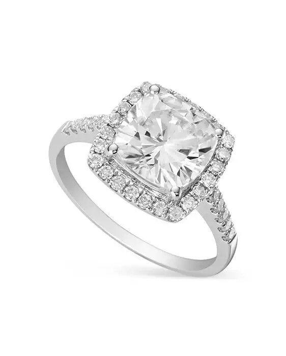 Nueva tendencia de anillos con moissanita! Excelente opción en lugar de diamante.   www.moissanite.com