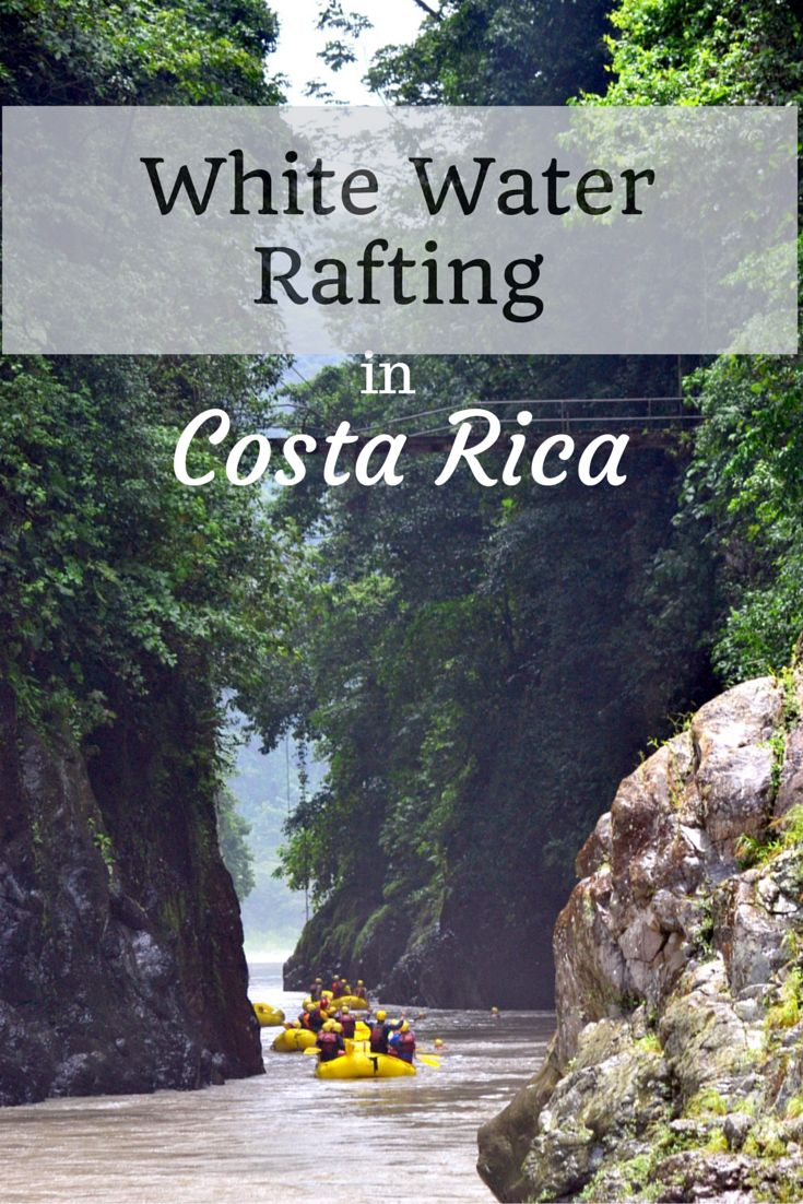 White water rafting in CostaRica at the famous Rio Pacuare - enjoy class 3 and 4 rapids in the beautiful jungle!
