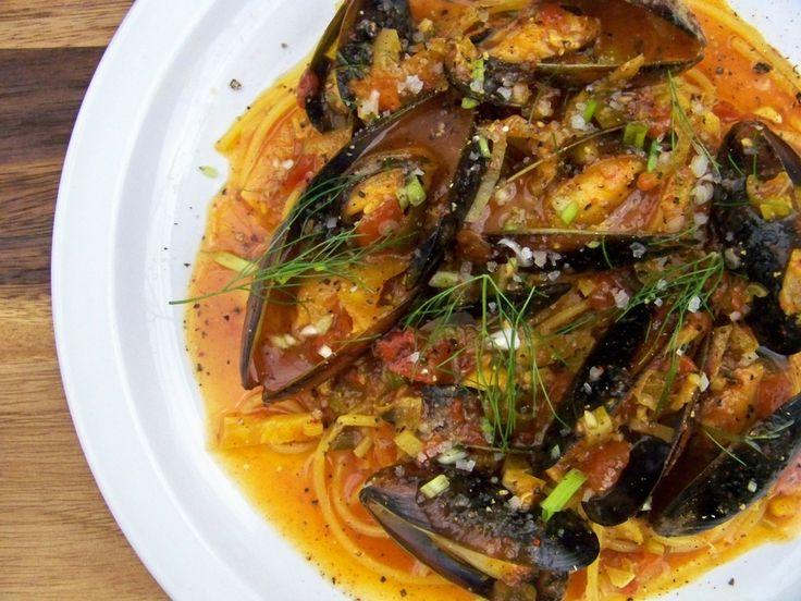 mussels, saffron, white wine, garlic fennel, parsley- good dipping bread