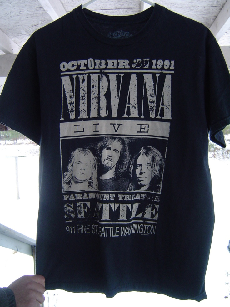 nirvana live concert t shirt made by six fifty one october 31 1991 size medium via. Black Bedroom Furniture Sets. Home Design Ideas