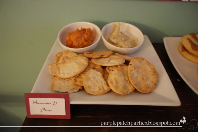 Aladdin Party Hummus and Pita
