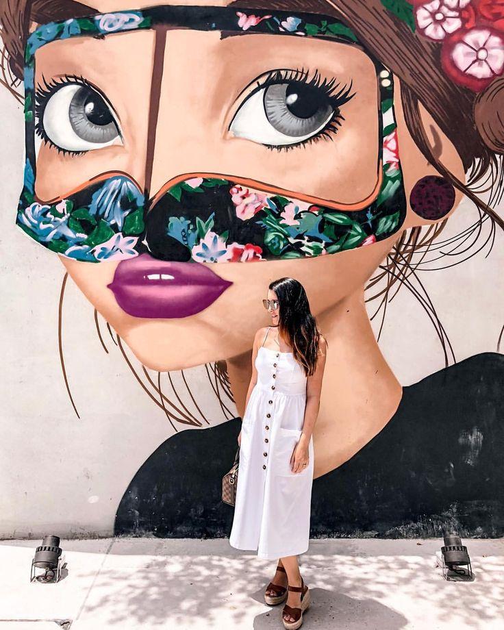 Street art Dubai / Instagram @lifeinexcess_
