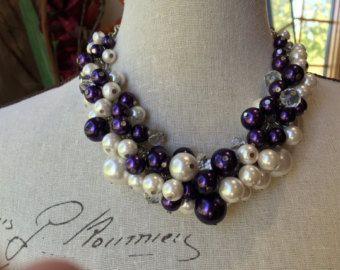 Grueso collar de perlas blanco Strass y cristal por bazinedezine