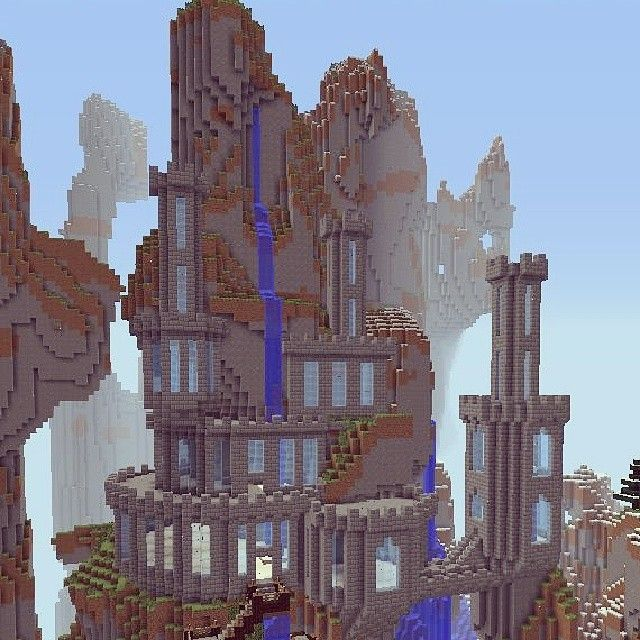 """The start of my #castle in Seraph's Realm #minecraft #minecraftonly…"