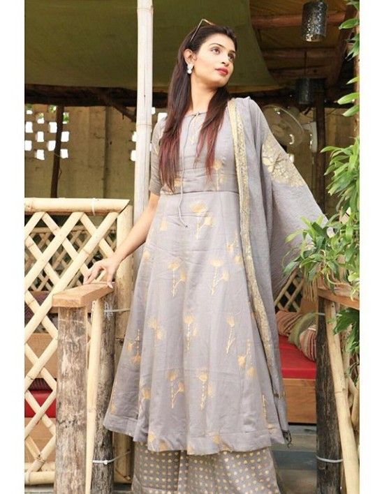 bd569665f326d2 Chaderi-silk kurti with golden hand block print and with plazo-dupatta set.