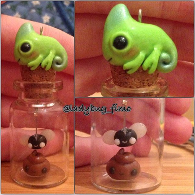 Hi guys, this charm represents the food chain: the chameleon makes the poo, the fly eats the poo and the chameleon eats the poor fly . I hope you like it: I was destroying the chameleon because I was not totally satisfied but then I decided to save it ☺️#kawaii #polymerclay #clay #fimo #cernit #rettile #camaleonte #mosca #cacca #poo #chameleon #fly #chameleons #kawaii #superkawaii #cute
