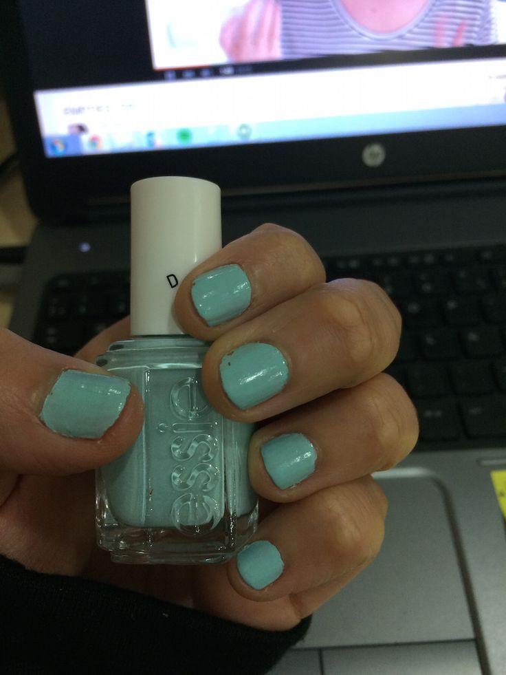 Esmalte de la semana #9 Essie – Mint Candy Apple