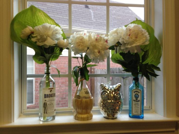 Best 25 empty liquor bottles ideas on pinterest liquor for Liquor bottle vases