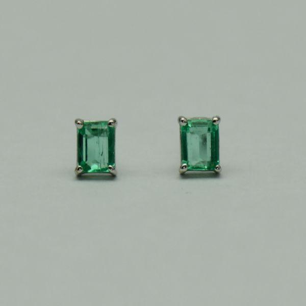 Cercei din aur alb 18k cu smaralde #smaralde  #cerceicusmaralde  #emeraldearrings #emeralds