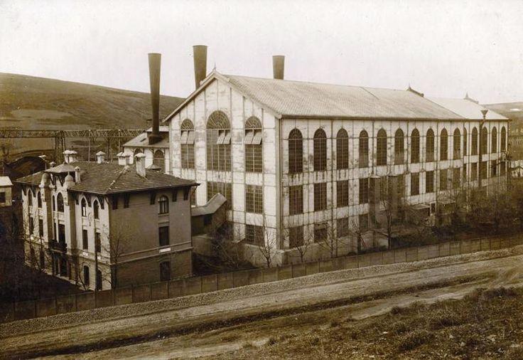 İstanbul ışık ve elektrikle 1908'den sonra tanışır... F: Silahtarağa Elektrik Fabrikası, şimdiki ''Santralistanbul'' #istanbul #istanlook