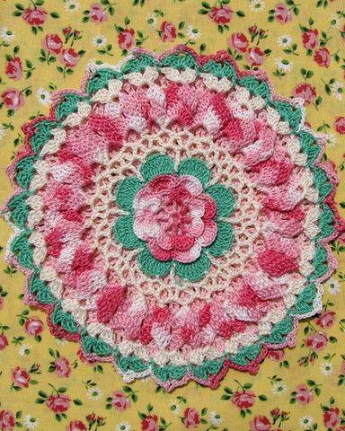 BC003 - Grandmama's Favorite Decorative Potholders and Hot Pads Download - Ripples & Roses