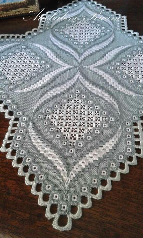 458 best hardanger images on Pinterest Hardanger embroidery - tapeten für küche