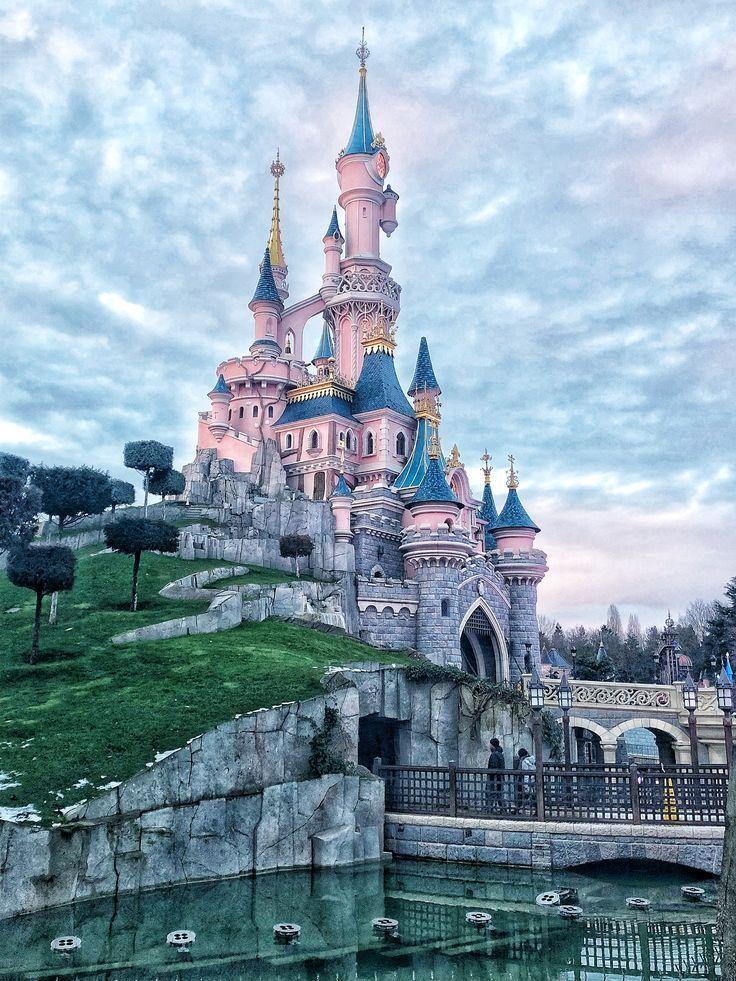 Disneyland Paris / Instagram: Sofiespinnoy