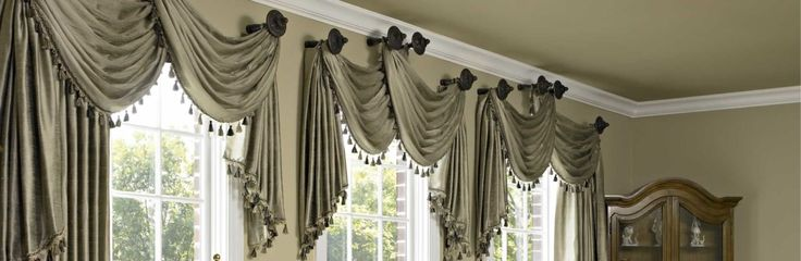We assured you that you will get the outstanding services of cleaning in New York. SoHo Rugs Cleaners only offer the professional, trustworthy and long-lasting services that re-live your drapes and shades.