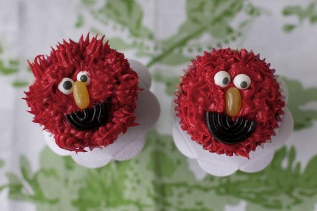 Cupcakes de Elmo para cumpleaños | Blog de BabyCenter