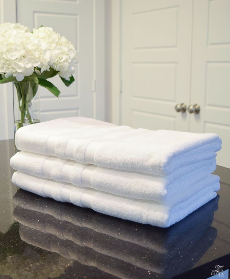 How to fold a bath towel the right way the best way to fold a bath towel Review of Living Fresh Bath Towels Best Hotel Bath towel organic sustainable bath towels made with eucalyptus